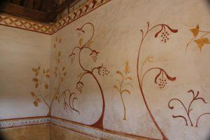 Guedelon paint (11)
